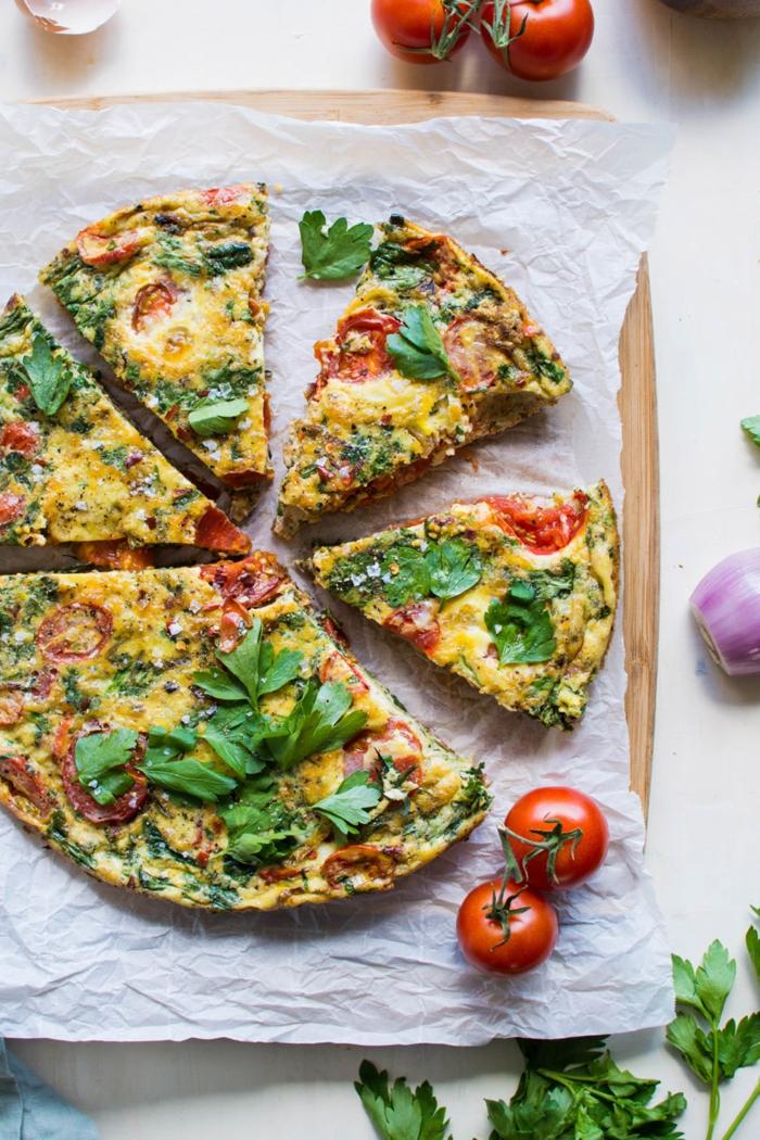 frittata mit tomaten und frische kräuter paleo vegetarisch ideen zum kochen und genießen