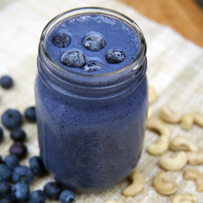 gesunde smoothie rezepte protein blaubeere bananen tofu cashew soymilch