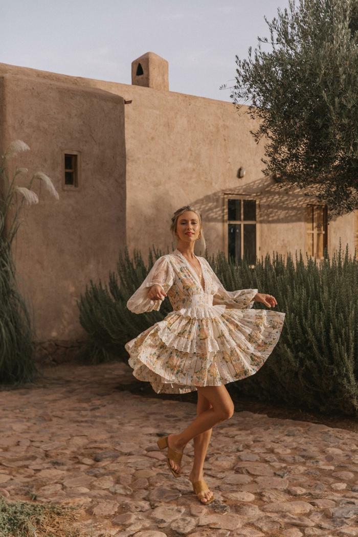 mini kleid mit schichten schicke sommerkleider mit blumen muster lange ärmel urlaub outfit