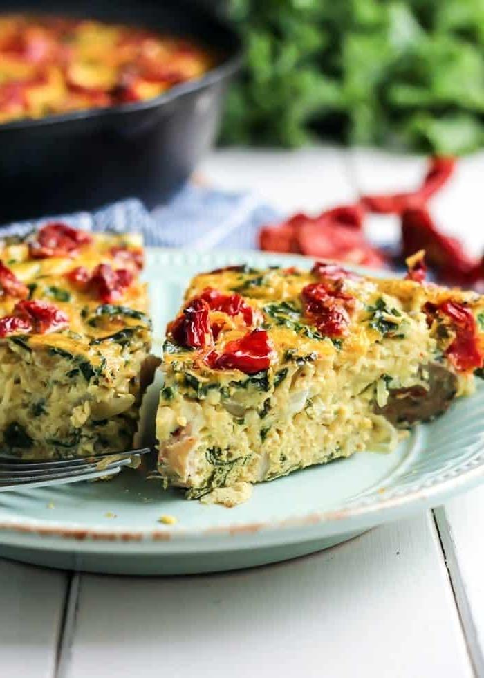 paleo lebensmittel quiche mit eiern käse und tomaten leckere gerichte zum abendeessen zubereiten