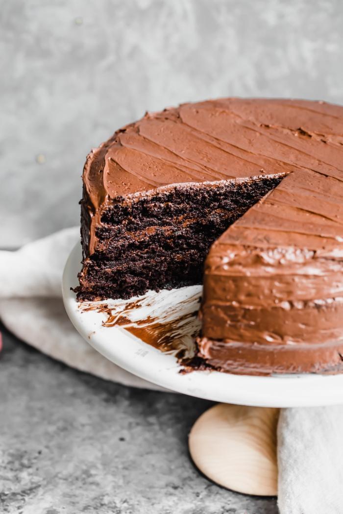 paleo schokoladenkuchen mit schokoladenglasu leckere desserte paleo diät rezepte