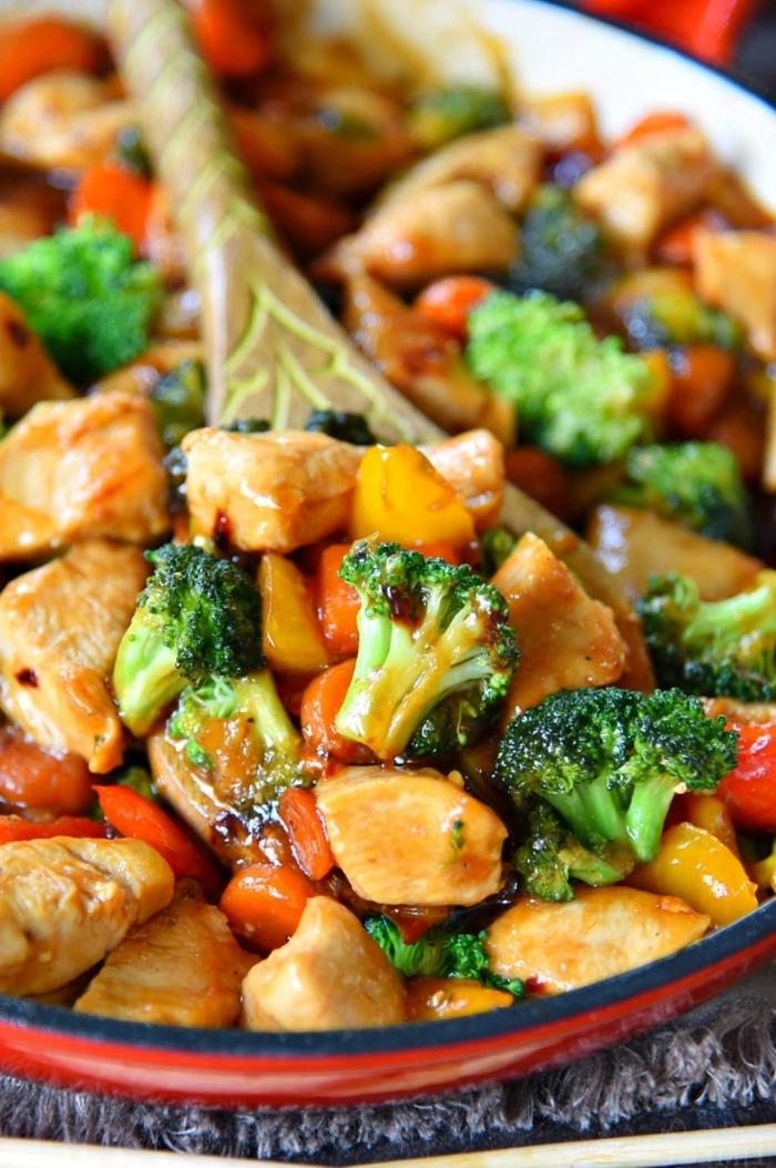 schwanger essen ideen abendessen mit hänchenfleisch karotten brokkoli und sojasoße