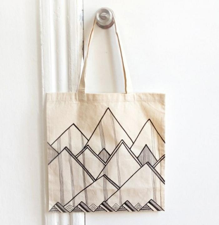 taschen nähen anleitung kostenlos selbstgemachte handtasche mit geometrischen motiven