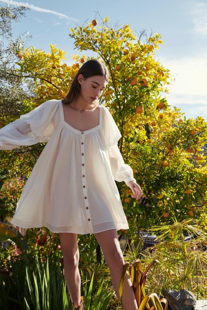 tunikakleid weiß und weit mit knöpfen puffschultern grace elizabeth free people kleid sommer kleidung damen