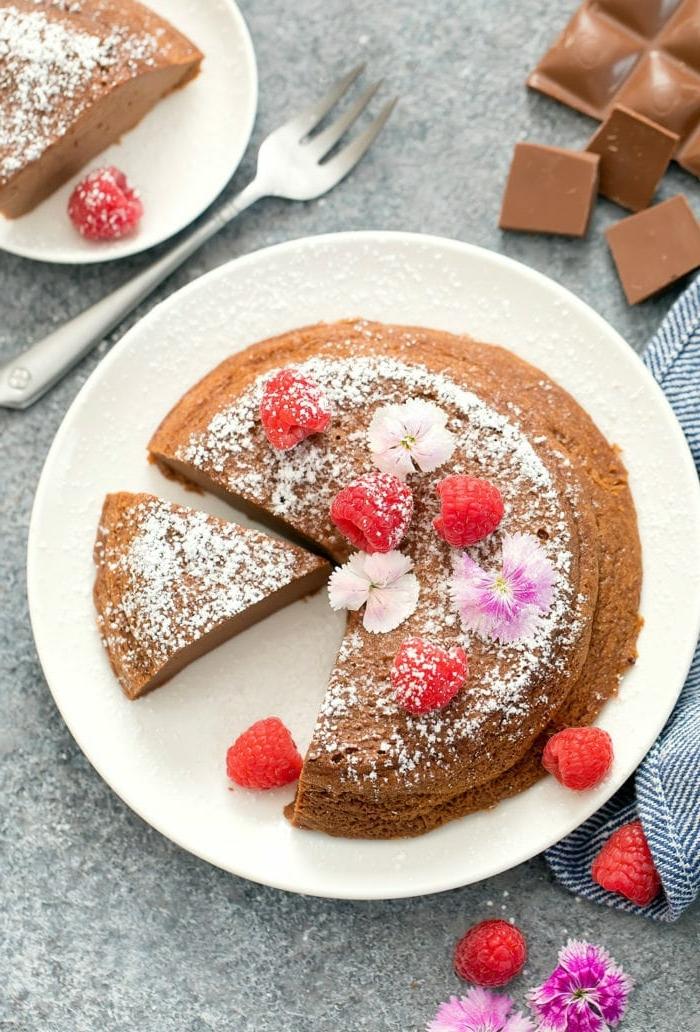 0 käsekuchen ohne boden keto kuchen nachtisch mit schokolade schokoladenkuchen mit himbeeren