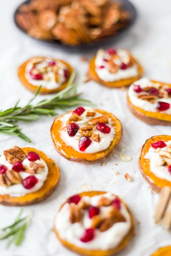2 was koche ich heute vegetarisch fingerfood ideen häppchen aus süßkarottel käse nüssen und granatapfelsamen