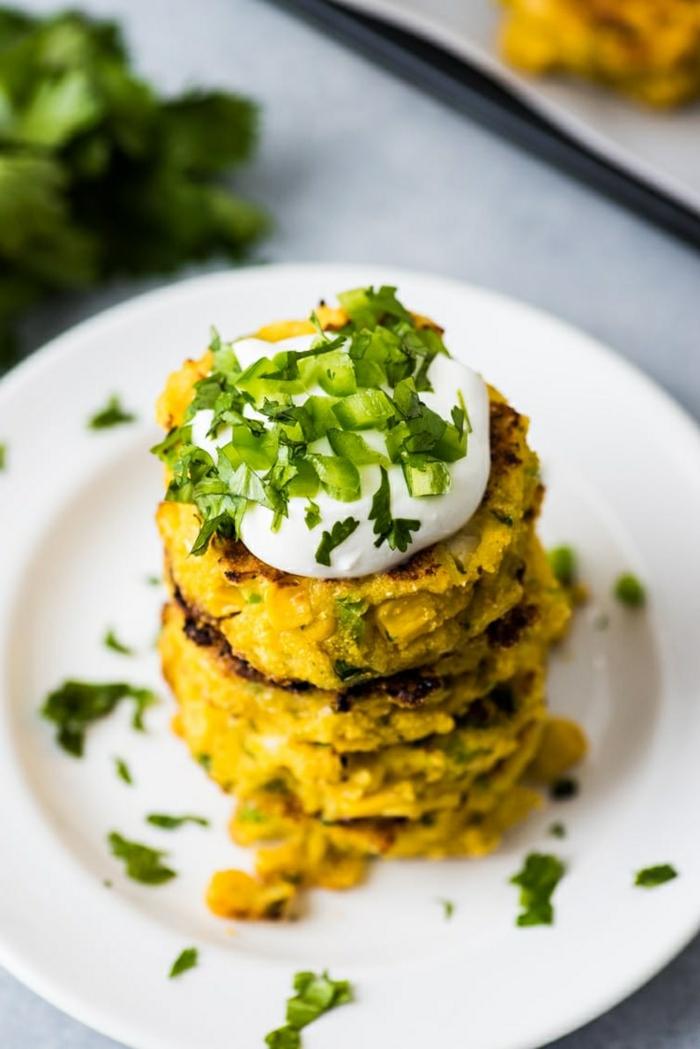 3 rezept für pfannkuchen mit jalapeno und mais kleine kuchen frühstücksideen sahne kräuter