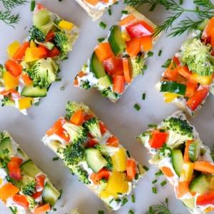 4 schnelles essen für gäste abends leckere häppchen mit gemüse paprika karotten brokkoli partyfood