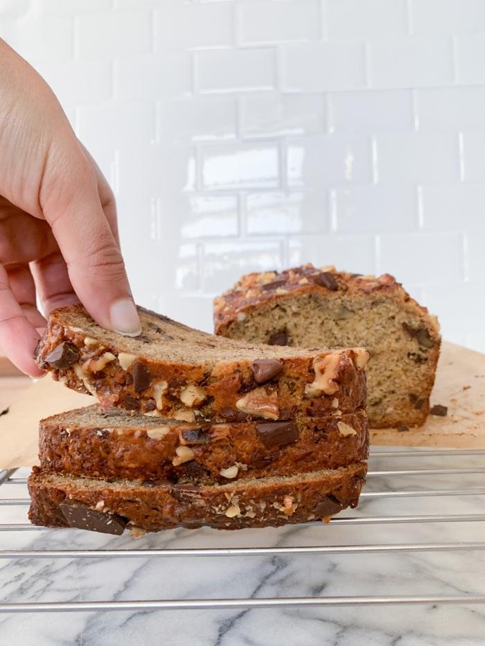 bestes bananenbrot rezept banana bread selber backen brotrezepte kuchen mit nüssen und schokoladenchips