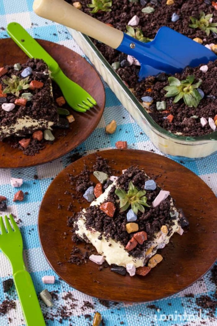 dreck torte schnelle kuchen für kindergeburtstag schokoladenkuchen selber machen kreative backideen