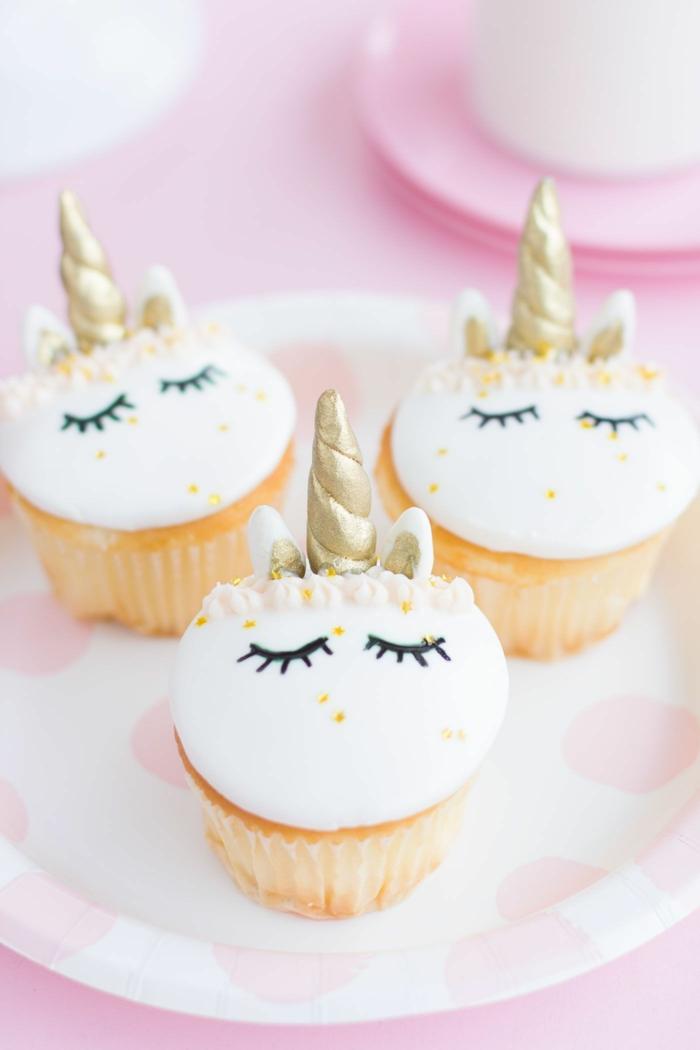 einhorn cupcakes magische wesen muffins für kinder lustige muffins für kindergeburtstag mädchen