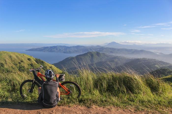 erstes mountain bike kauftipps fahrrad kaufen fahren durch die wald gebirge hobby