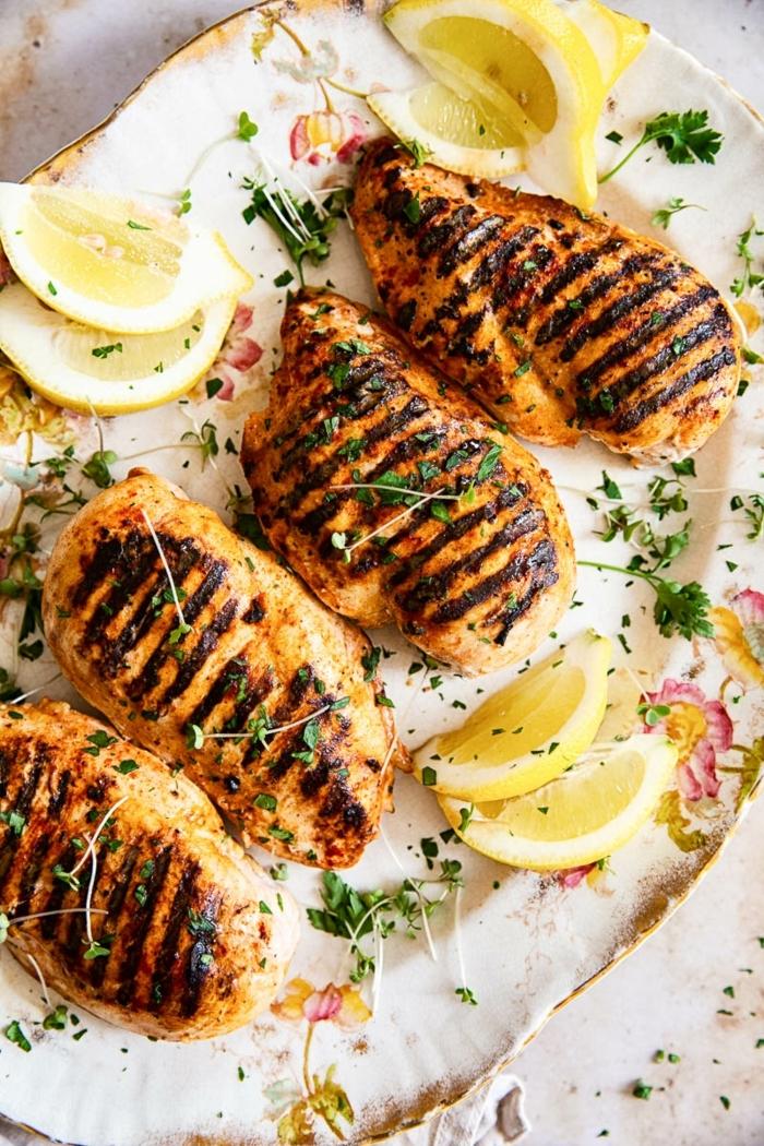 felisch rezepte zum vorbereiten am vortag marinierte hänchenbrüste mit zitrone und kräutern leckeres mittagessen ideen low carb high protein