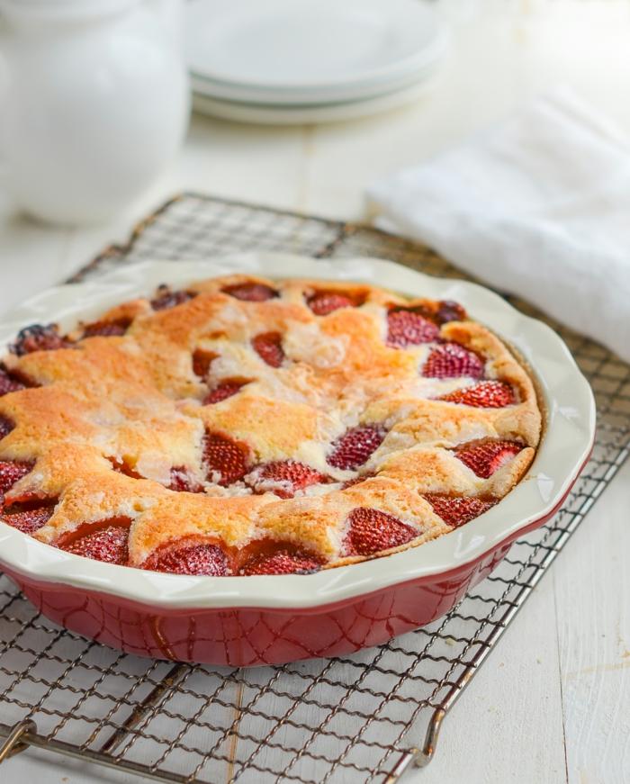 frischer erdbeerkuchen schneller kuchen mit wenig zutaten leckere rezepte zum backen und genießen