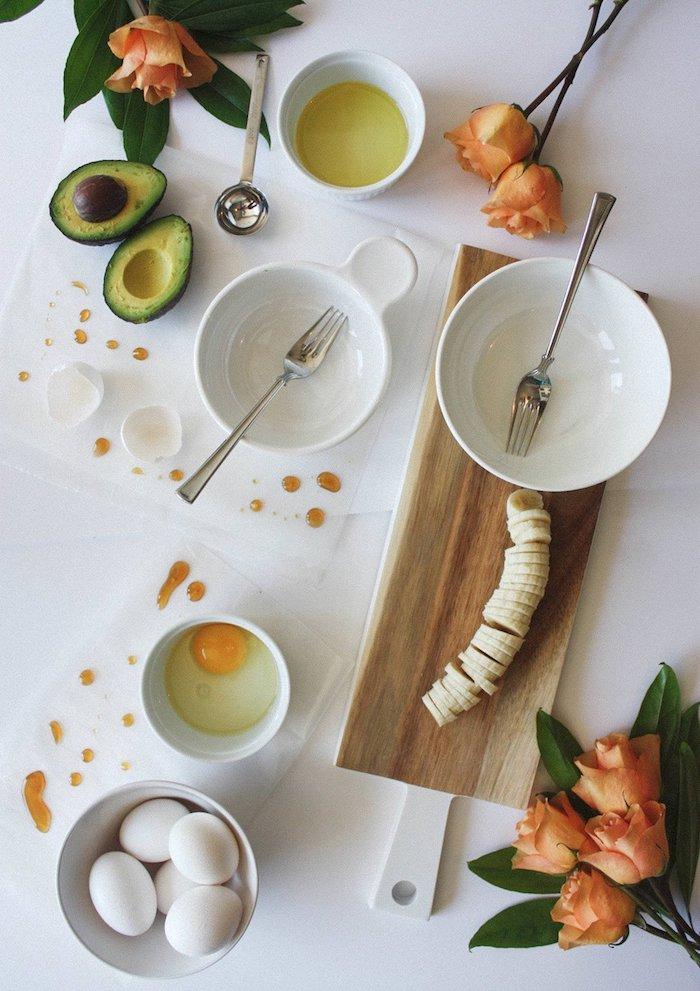 home spa ideen grüne haarmaske selber machen haarkur mit honig und avocado banane diy masken für haare rezept