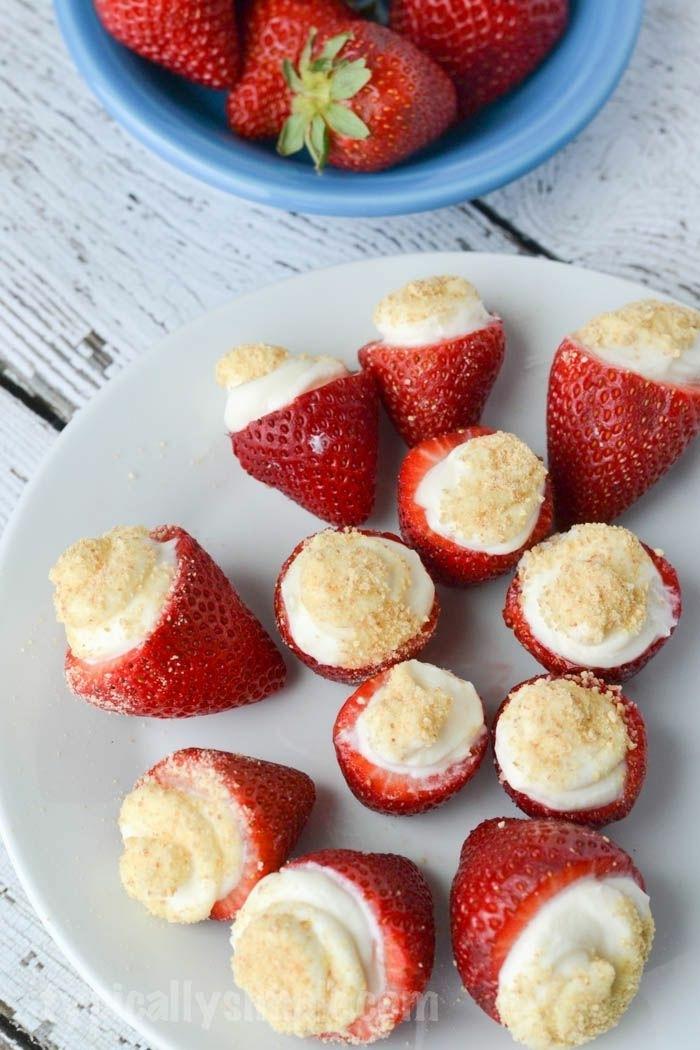 käsekuchen rezept ohne boden mini chessecakes in erdbeeren sommersparty rezepte partyrezepte fingerfood