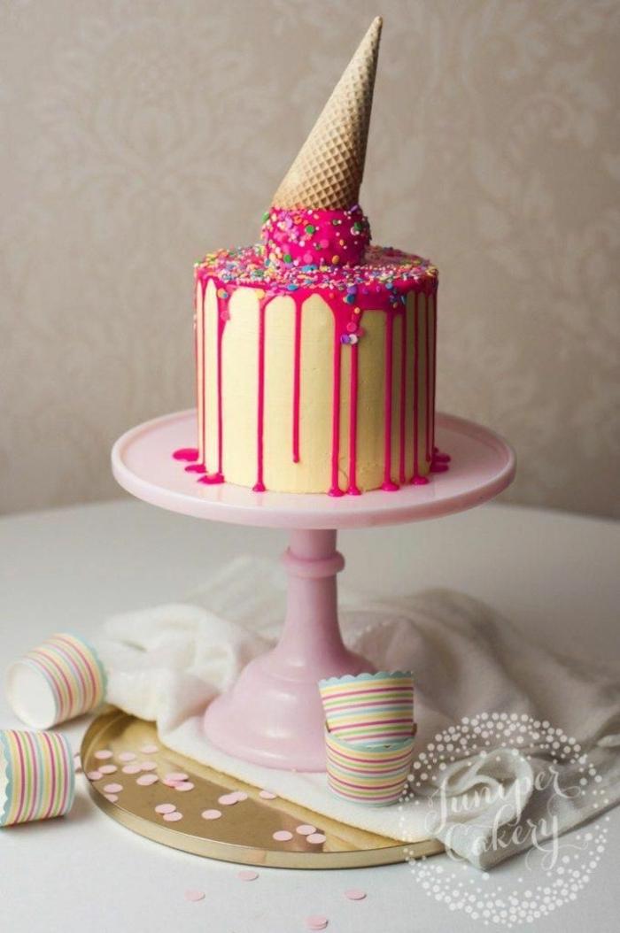 kinder torten selbstgemacht kreative ideen geburtstagskuchen mit einem pinken eis dekoration drip cake ideen