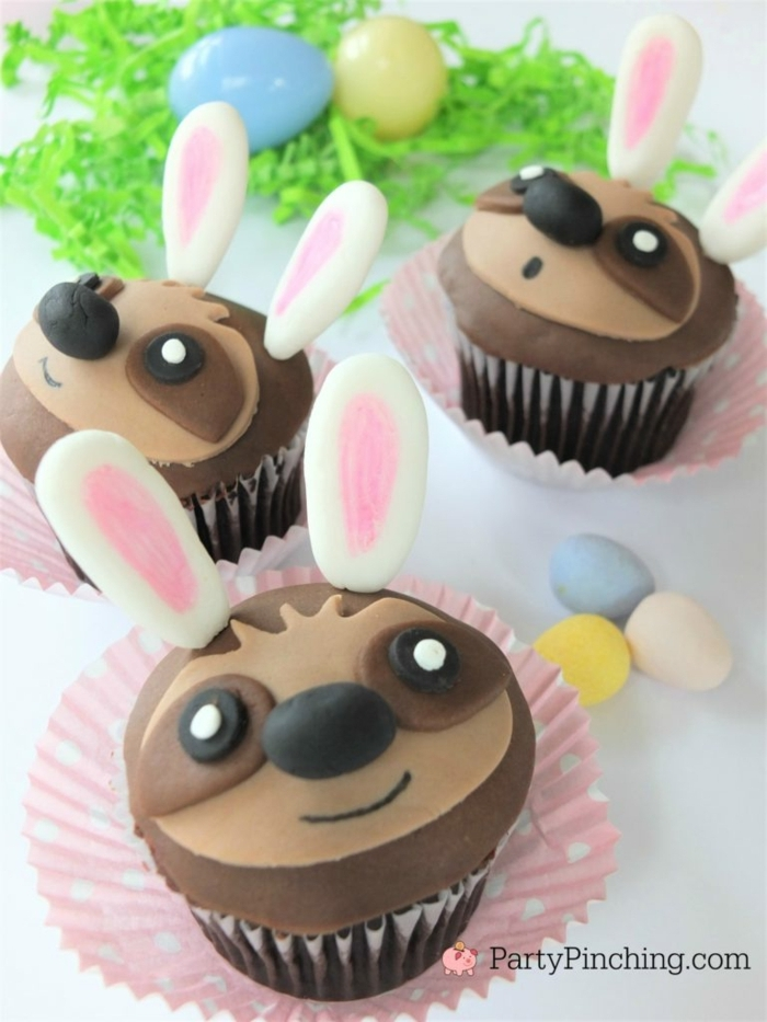 kindergeburtstag muffins backen süße und leichte ideen faultier hase cupcakes lustig rezepte zum backen
