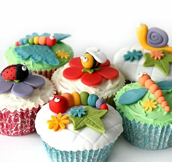 kindergeburtstag muffins backen verschiedene kleine tiere marienkäfer schnecke biene raupe