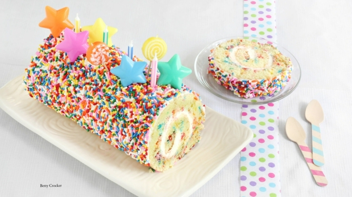 konfetti kuchen mit bunten sternen dekoration leckere torte für kindergeburtstag selber backen leichte rezepte