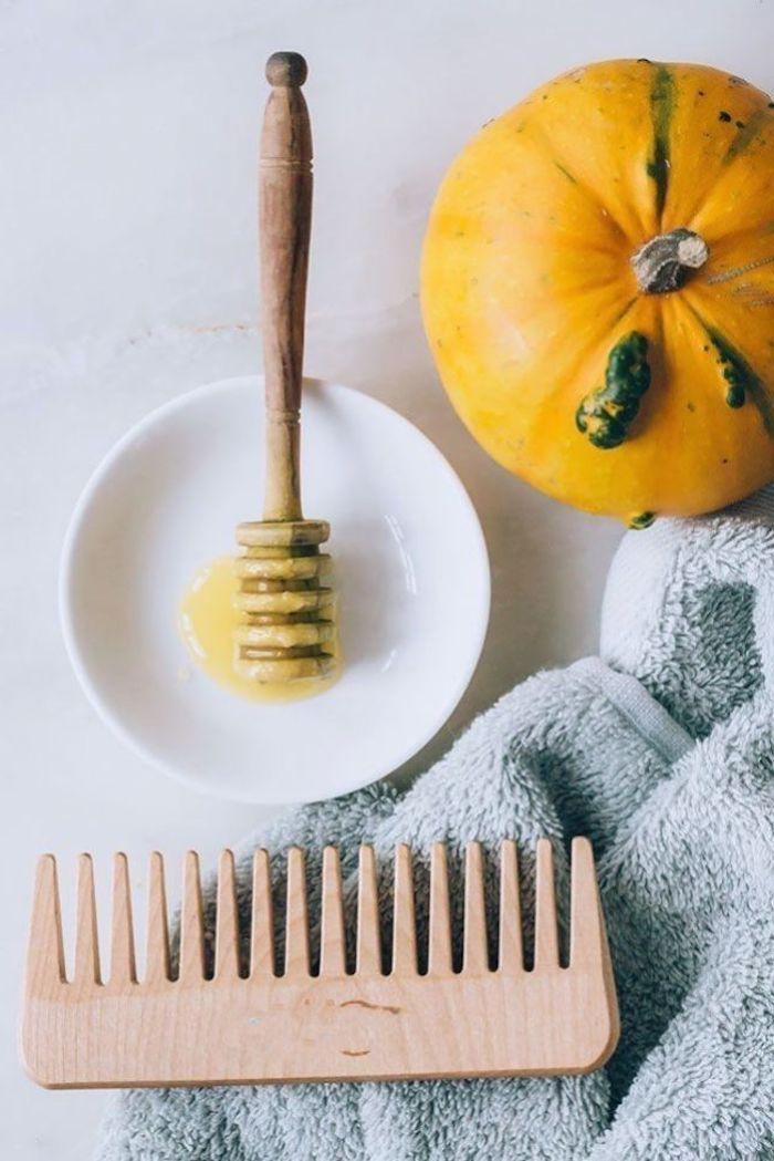 kürbis honig maske haare haarmaske selber machen zu hause großer holzkamm welche haarkur ist die beste
