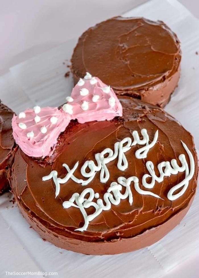 minnie mouse torte für kindergeburtstag mädchen schokoladenkuchen maus mit pinker schleife leichte und leckere rezepte
