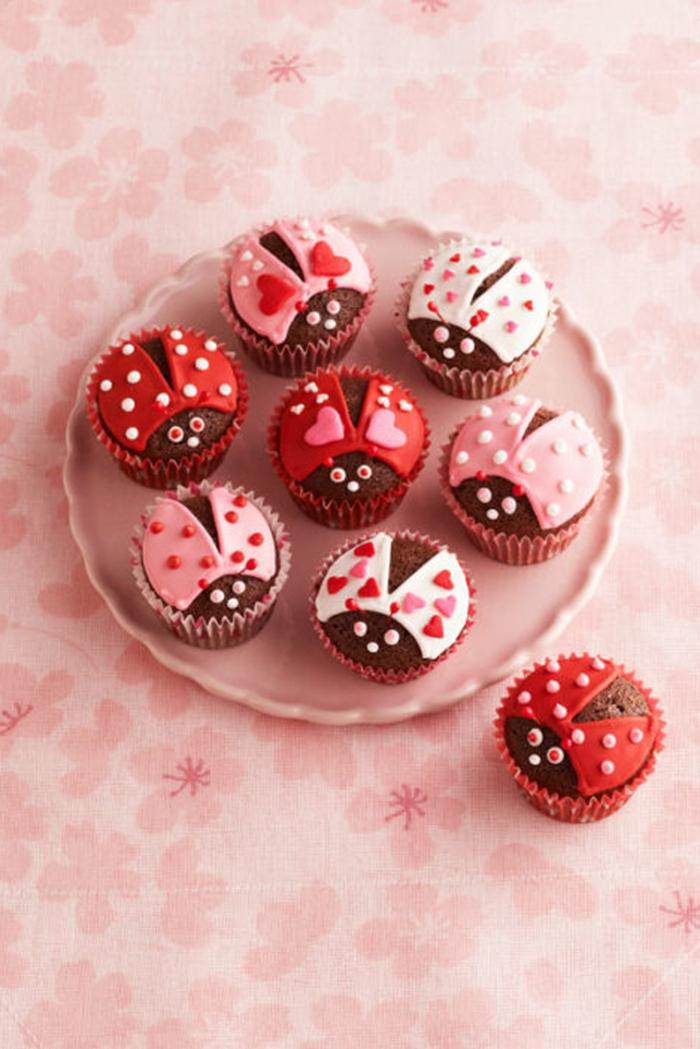 süße ideen für cupcake mädchen geburtstagsfeier lustige kuchen kindergeburtstag