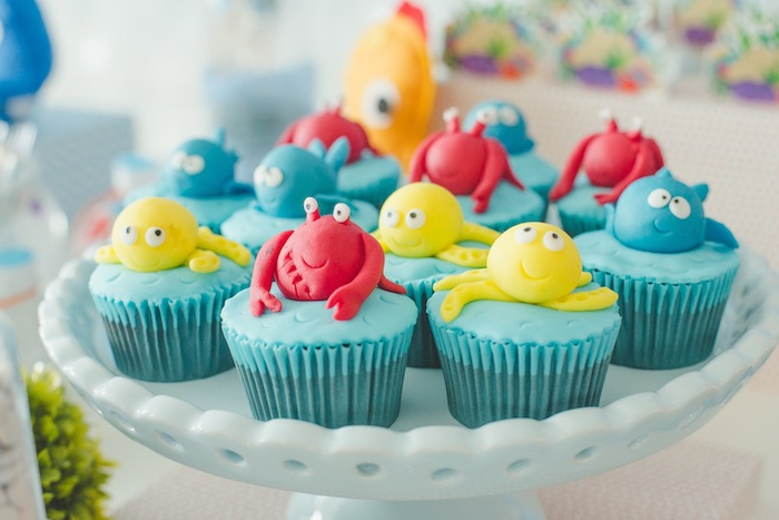 unter dem meer geburtstagsfeiere cupcakes mit meerestiere lustige kuchen kindergeburtstag