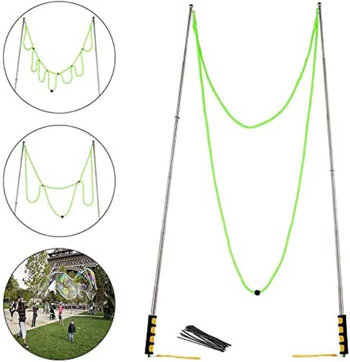 wie kann man große seifenblasen selber machen garten gartenparty eine lange grüne schnur stäbe für seifenblasen