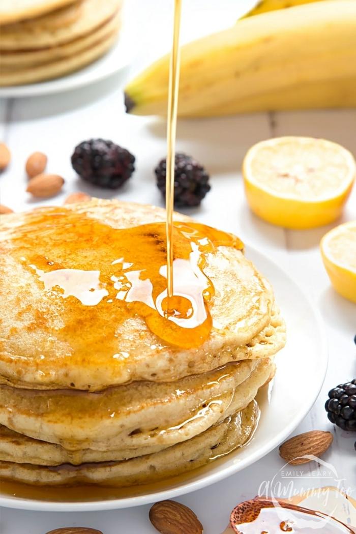 wie macht man pfannkuchen veganer pfannklcuhenteig rezept mit bananen und honig