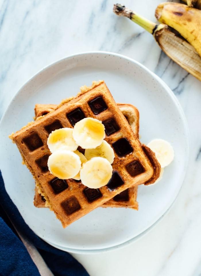 1 rezepte mit bananen waffeln mit honig brunch ideen bananenwaffeln amerikansiches frühstück