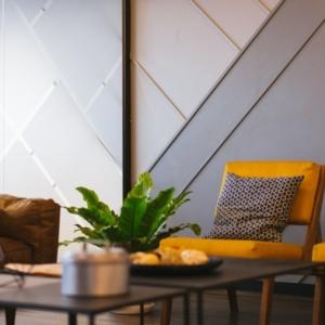 1 wanddekorationen moderne wanddeko graue wandpaneele mit beleuchtung zimmerdeko wand dekorieren