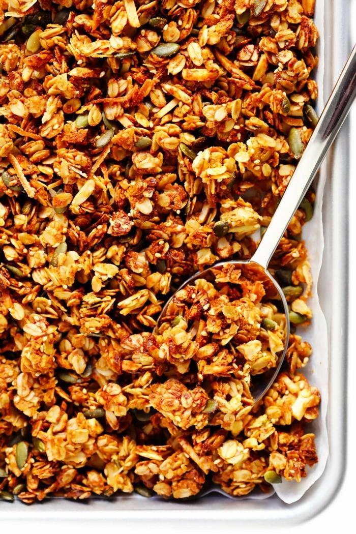 2 müsli selber machen granola mit nüssen pekannüssen high fiber high protein gesund frühstücken