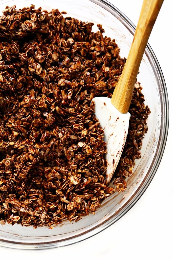 crunchy müsli selber machen backofen gesundes knuspremüsli mit kakao schokomüsli zubereitung bestes granola rezept
