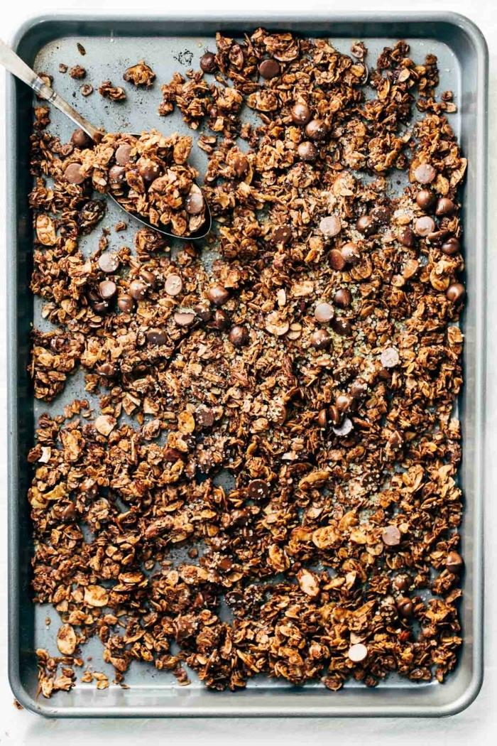 crunchy müsli selber machen backofen granola mit schokolade schokomüsli bestes granola rezept