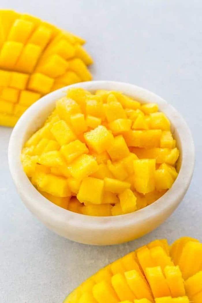 kleine geschnittene scheiben aus mango wie kann man eine mango schneiden