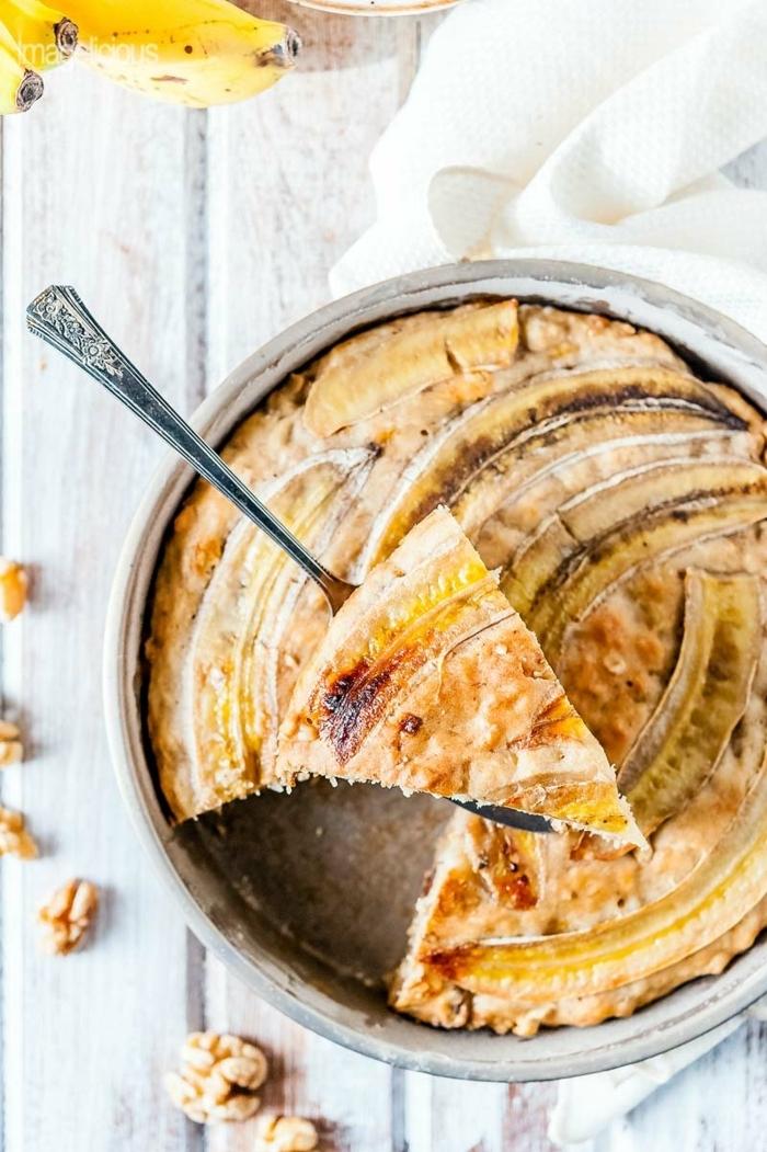 kuchen mit bananen bananenkuchen mit walnüssen selber backen gesunde backrezepte