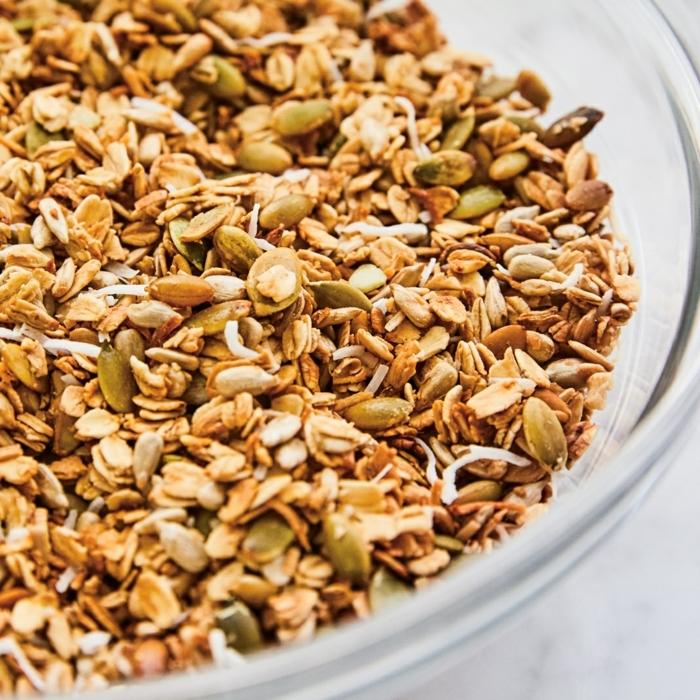 müsli ohne zucker selber machen gesundes granola mit haferlflocken nüssen und kokos