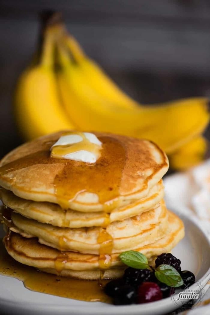pancakes mit banane frühstücksideen ideen für frühstück banaenpfannkuchen pfannkuchen rezept
