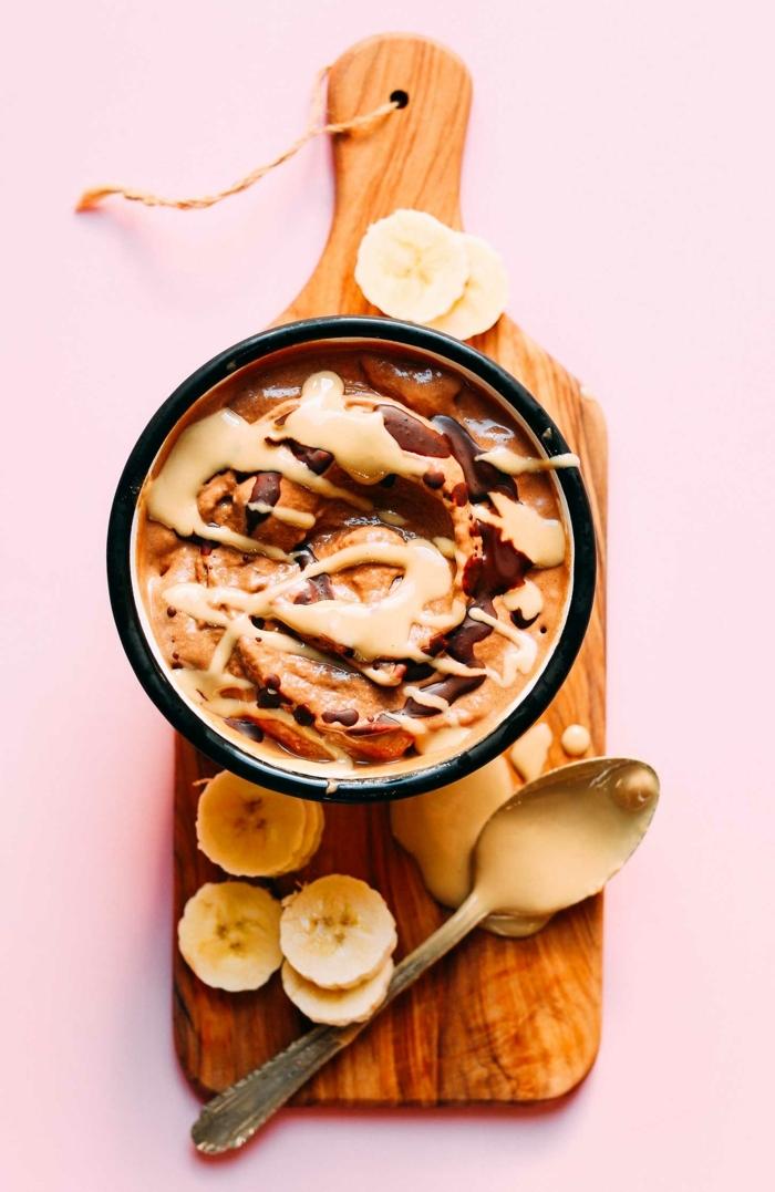 rezepte mit reifen bananen gesunder pudding mit schokolade und tahin einfache zubereitung bananenpudding