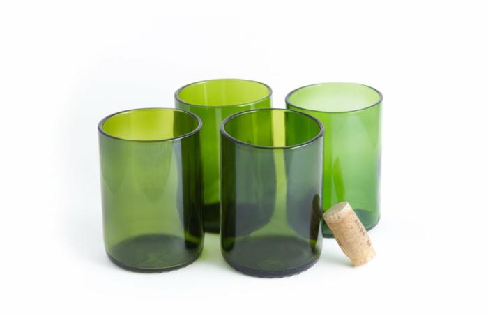 upcycling gläser aus alten grünen weinflaschen ideen für nachhaltige geschenke resized
