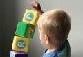 Passende Spielzeuge für Kinder auswählen