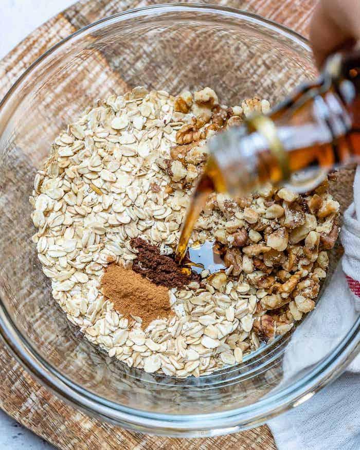 eine sclüssel aus glas apple crumble rezept zimt und brauner zucer und zitonensaft