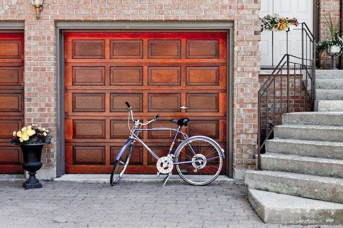 elektrisches garagentor in braun wie wähle ich mein garagentor richtig tipps