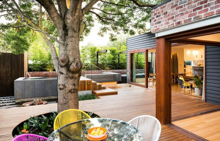 family fun modern backyard design for outdoor experiences to e outdoor patio and backyard 700x450 resized