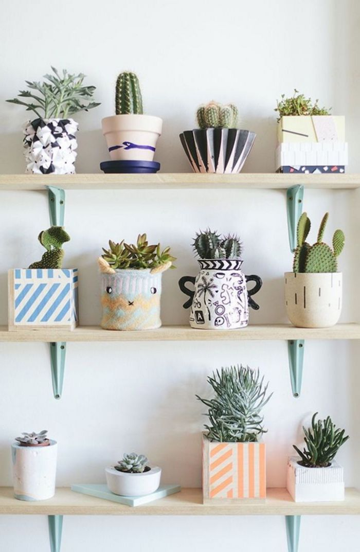 ideen und inspiration dekoartikel wohnzimmer kleine und große kakteen bunte vasen innenausstattung inspo tumblr zimmer deko