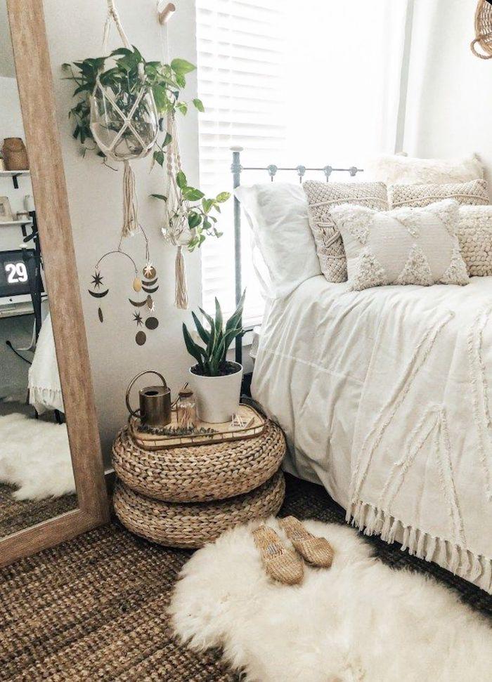 inneneinrichtung ideen inspiration schlafzimmer einrichten modern dekoration pflanzen tumblr bett flauschiger weißer teppich großer spiegel