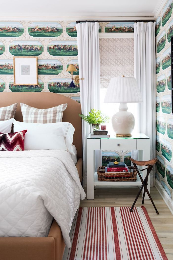 kleines schlafzimmer einrichten ideen tapetten grüne schiffe weiß roter teppich jugenzimmer ideen jungs weiße gardinen dekoration jugenzimmer ideen