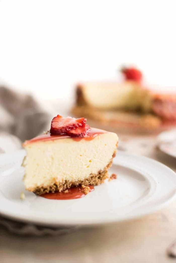 kuchen ohne zucker käsekuchen mit erdbeeren und nussboden cheesecake rezepte leckerer nachtisch