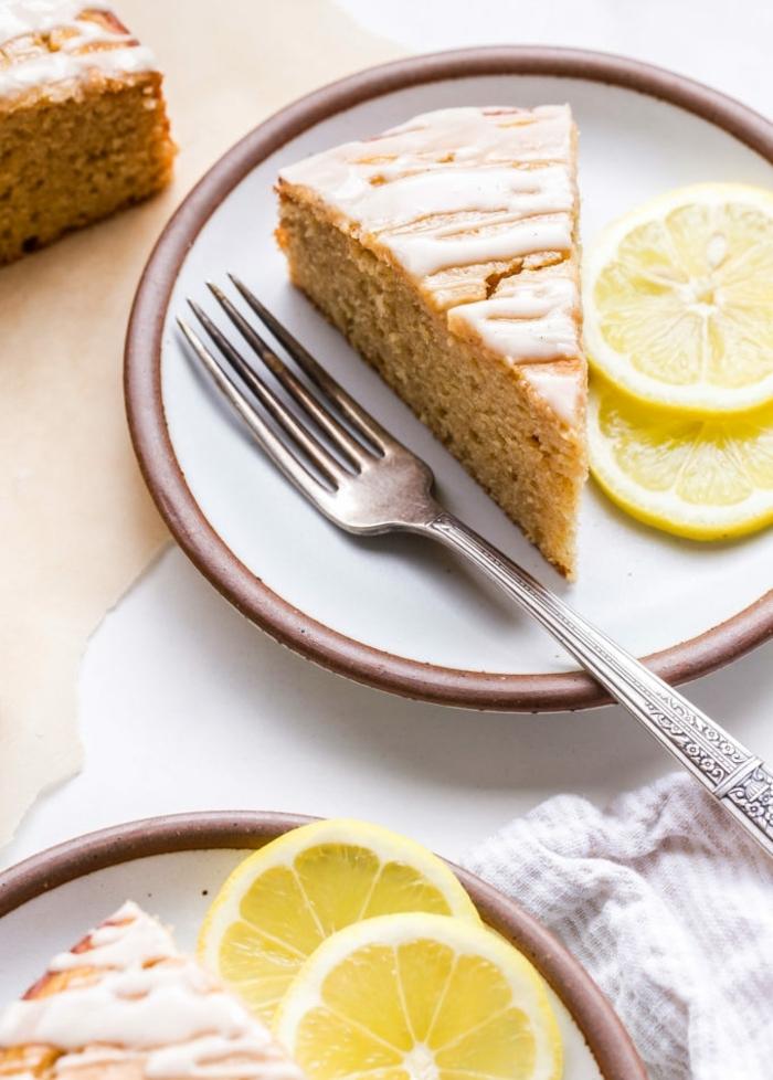 quarkkuchen mit früchten einfacher kuchen mit zitronen zitronenkuchen rezept joghurtkuchen nachtisch ideenbacken mit joghurt